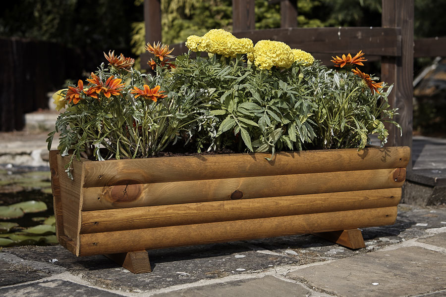 Uk garden supplies square wooden planter wt08 for Garden products catalog
