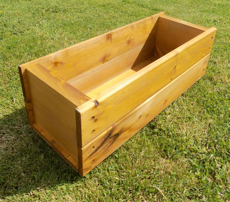 UK Garden Supplies 60cm Wooden Plant Trough Container